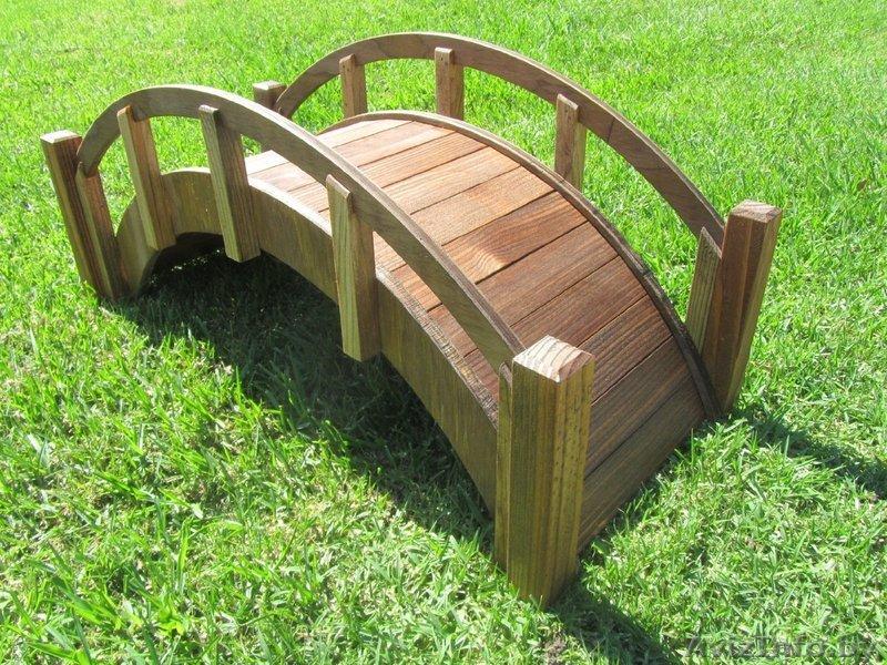 Изделия из дерева для дачи и сада